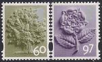 Великобритания 2010 год. Национальные символы - дуб и роза Тюдоров. 2 марки