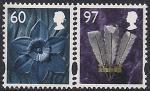 Великобритания 2010 год. Национальные символы - нарцисс и плюмаж. 2 марки