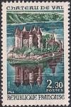 Франция 1966 год. Замок Валь на реке Дордонь.1 марка