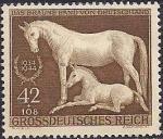 """Германия (Рейх) 1944 год. Скачки Мюнхен - Рим """"Коричневая лента"""". Лошадь и жеребёнок. 1 марка"""