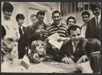 ПК. Общение Ю.А. Гагарина с простыми людьми во Франции, 1969 год (+1Ю)